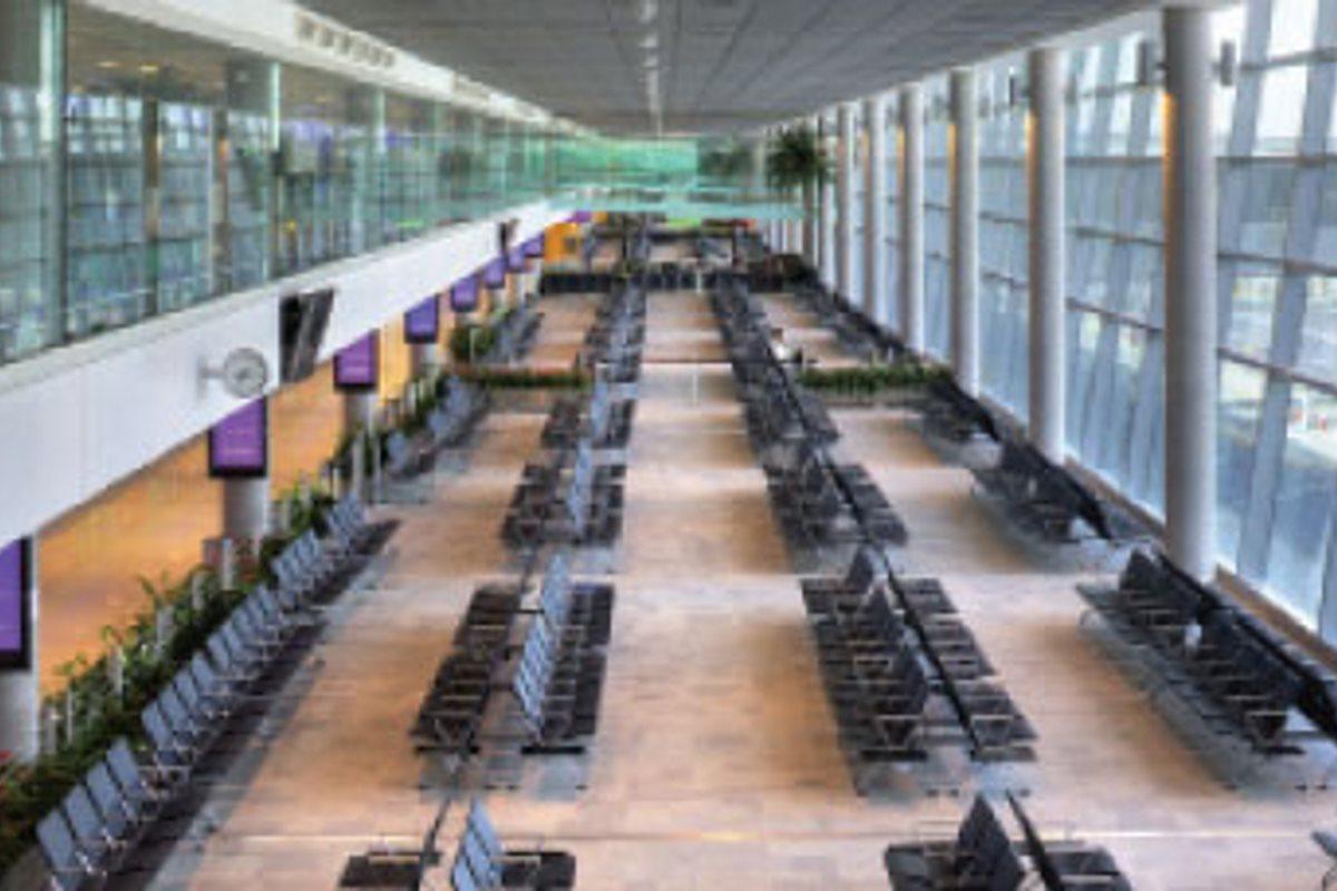 Abu Dhabi Airport Terminal 3 – Emirates Glass